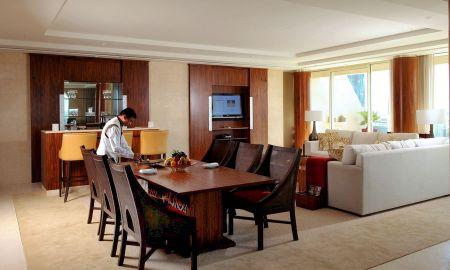 Suite Landmark - Raffles Dubai - Dubai