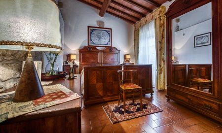Classic Double Room - Villa Campestri Olive Oil Resort - Tuscany
