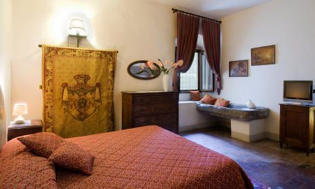 2 bedroom - Classic Family Apartment - Villa Campestri Olive Oil Resort - Tuscany