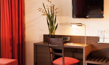 Улучшенный двухместный номер - Hotel Escale Oceania Marseille Vieux Port - Marseille