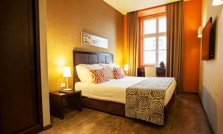 Quarto Standard - Vista Interior - Internacional Design Hotel - Lisboa