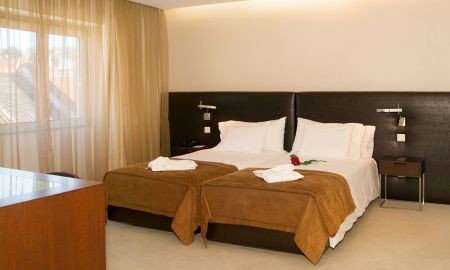 Double or Twin Classic Room - Hotel Os Jeronimos 8 - Lisbon