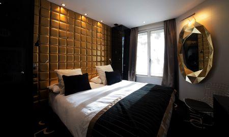 Chambre Deluxe avec Baignoire Balnéo ou Terrasse - Platine Hôtel Et Spa - Paris