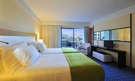 Chambre Classique - Vue latérale Mer - Pestana Promenade Ocean Resort Hotel - Madère