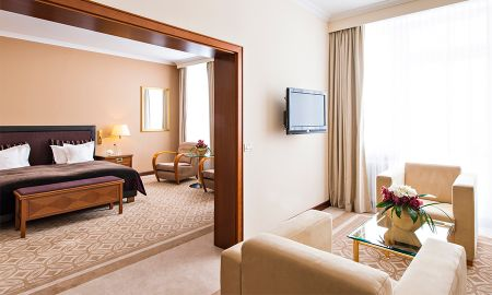 Deluxe Junior Suite - Kempinski Grand Hotel Des Bains - St. Moritz