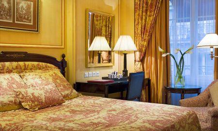 Chambre Classique - Hotel François 1er - Paris