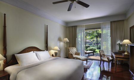 Camera Luxury ,1 King Bed,Terrazza - Sofitel Angkor Phokeethra Golf & Spa Resort - Siem Reap