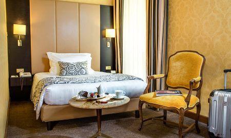 Quarto Individual Clássico - Hotel Savoy Rome - Roma