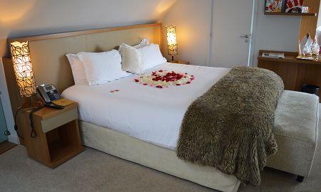 Suite com Jacuzzi - Hotel Lumen Paris Louvre - Paris