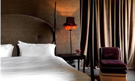 Classic Room- Canal Side View - Hotel Palazzo Barbarigo - Venice