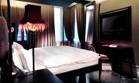 Grand Canal Junior Suite - Hotel Palazzo Barbarigo - Venice