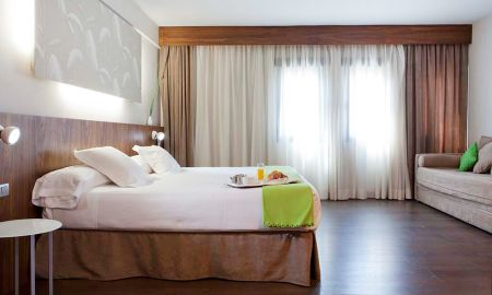 Chambre Triple - Hotel Ópera Madrid - Madrid