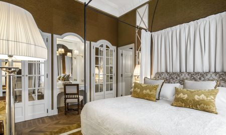 Quarto Familiar (2 Adultos + 2 Crianças) - Helvetia & Bristol Firenze – Starhotels Collezione - Toscana