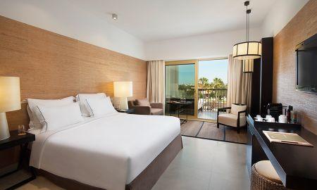 Deluxe Double Room with Golf View - Anantara Vilamoura - Algarve