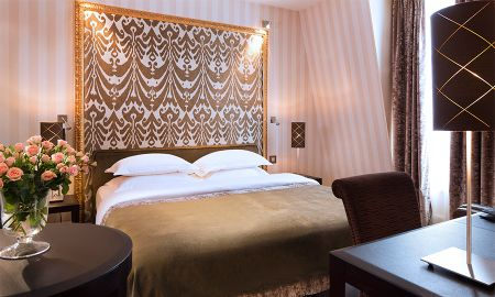 Quarto Executivo - Hotel Ares Eiffel - Paris