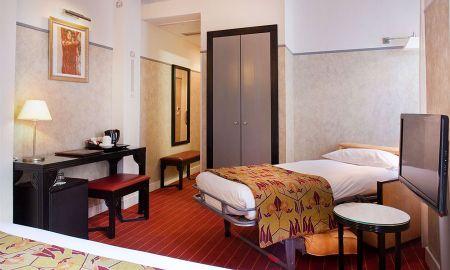 Triple Room - Hotel Eiffel Seine - Paris