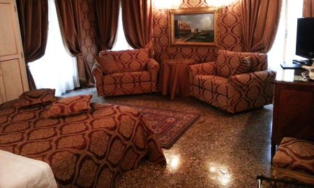 Superior Room Garden View - Hotel Palazzo Abadessa - Venice