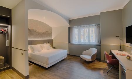 Superior Room XL - NH Collection Porta Nuova - Milan