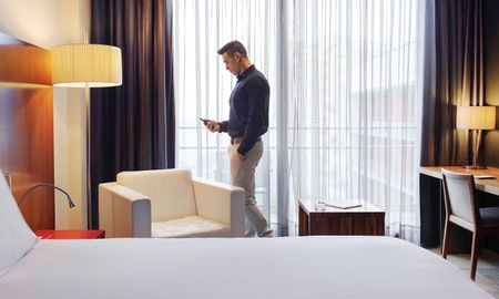 Superior Room - Hotel Pullman Barcelona Skipper - Barcelona