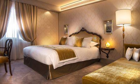 Chambre Supérieure Triple - Hotel Papadopoli Venezia - MGallery - Venise