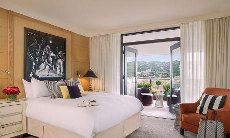 Suite Vista Hollywood com Sala de Estar - Sofitel Los Angeles At Beverly Hills - Los Angeles
