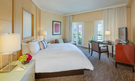 Quarto Luxury Patio com Sala de Estar - Sofitel Los Angeles At Beverly Hills - Los Angeles