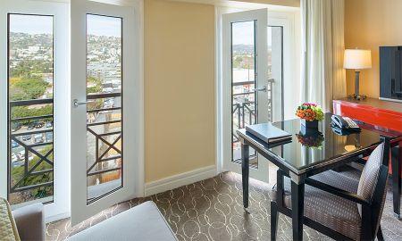 Suite King Beverly con salón independiente - Sofitel Los Angeles At Beverly Hills - Los Angeles
