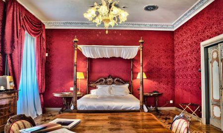 Master Suite - Relais Et Chateaux Villa Crespi - Orta San Giulio