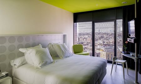 Double Room with Sofa Bed - Hotel Barceló Raval - Barcelona