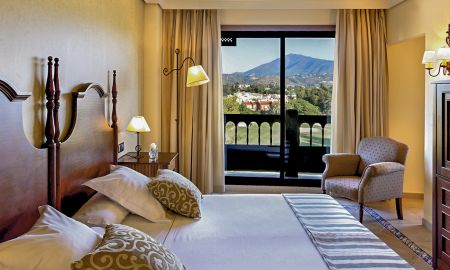 Superior Family Room (2 Adults + 1 Child) - Barceló Marbella - Marbella